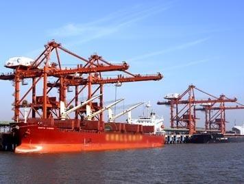 """曹妃甸:港口建设步入""""公共码头""""阶段缩略图"""